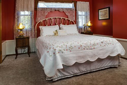 Chantilly Guest Room